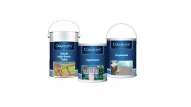 Do ochrony oraz dekoracji domków z drewna rekomendujemy użycie preparatu DECKING OIL firmy CIRANOVA.