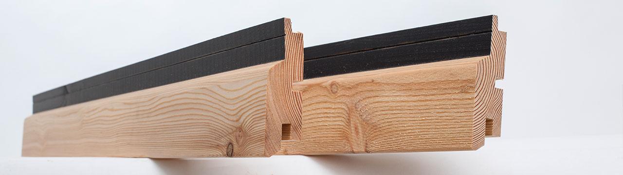 Deska elewacyjna Foxtrend - powierzchnia deski szorstko piłowana lub gładko strugana