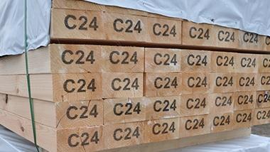 Sprawdź naszą ofertę na drewno konstrukcyjne C24