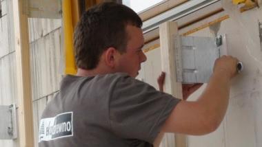 Sprawdź naszą ofertę na profesjonalne usługi montażu elewacji drewnianych