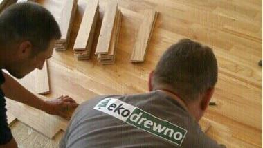 Kupując podłogę drewnianą wraz z montażem zyskujesz bezpieczeństwo, gwarancję oraz niższy podatek Vat.
